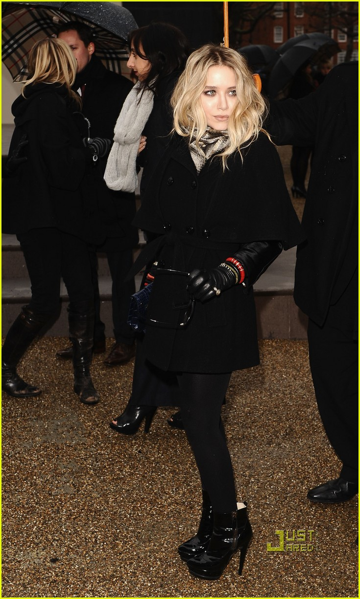 mary kate olsen kate hudson burberry 06