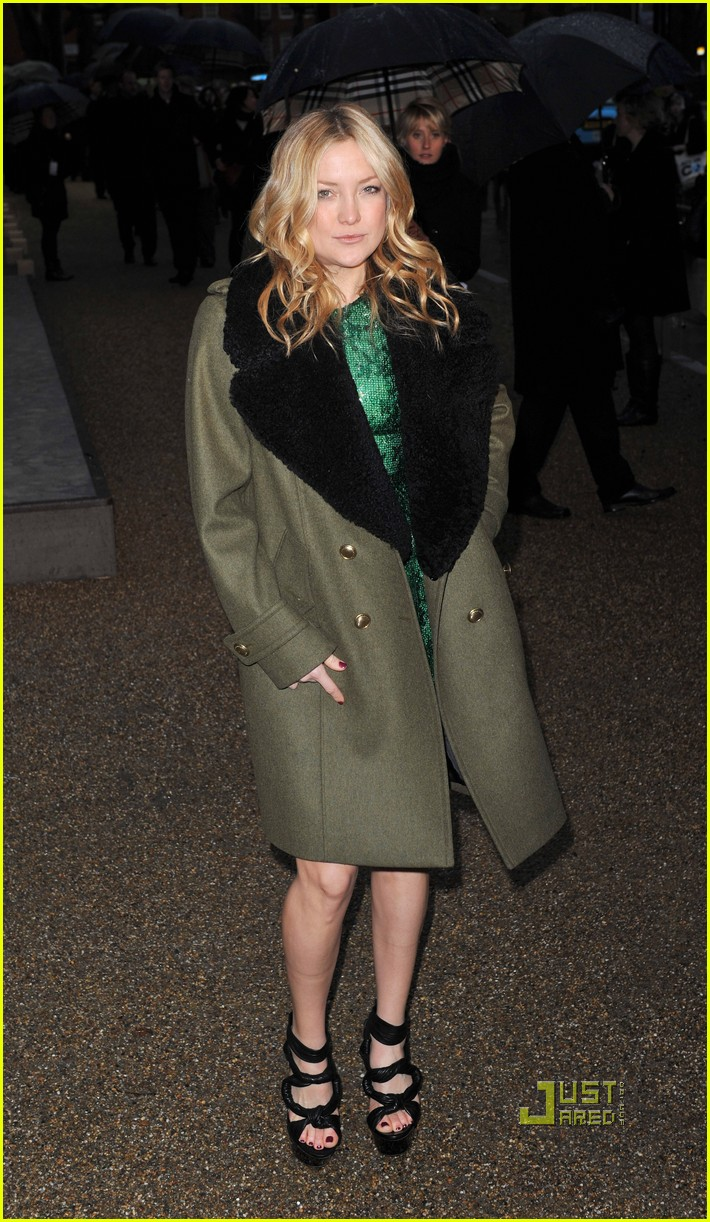mary kate olsen kate hudson burberry 112429812