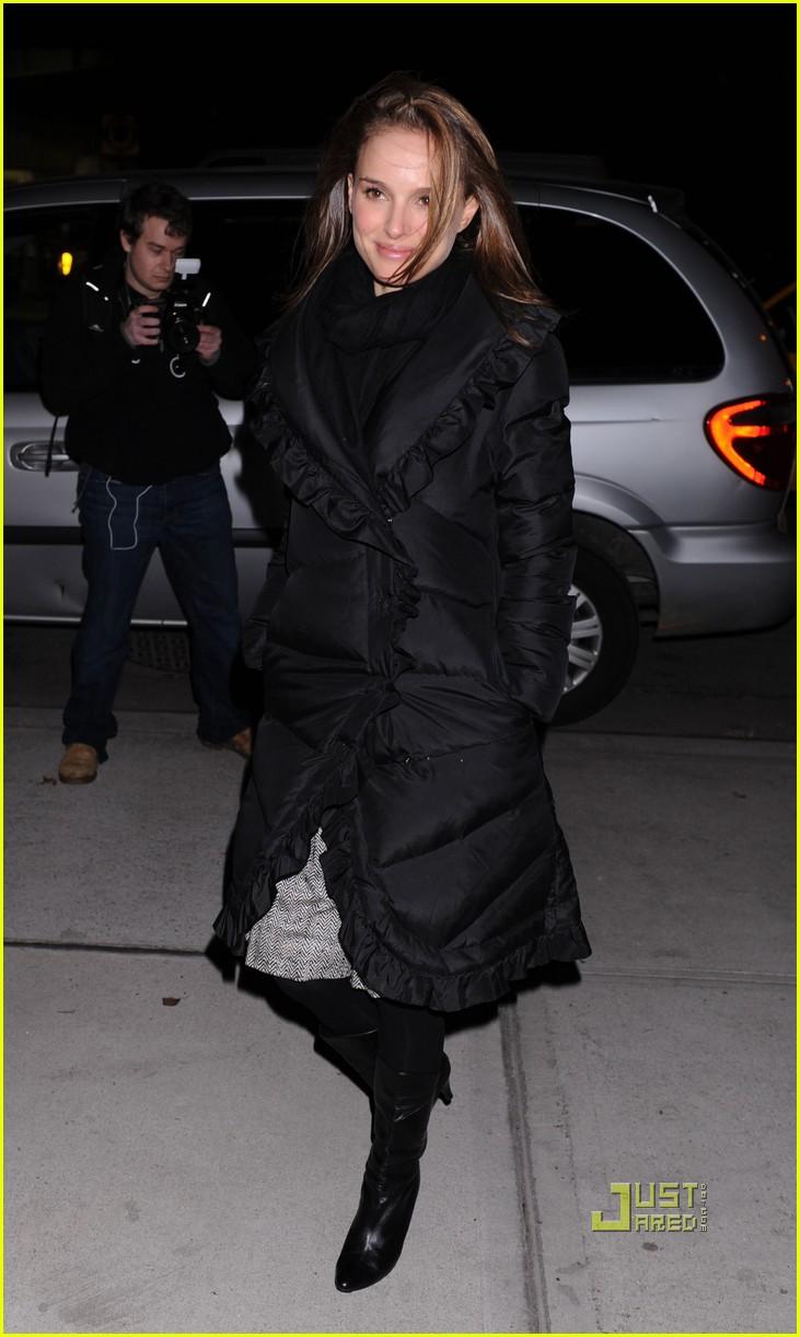 natalie portman feed america jake gyllenhaal 10 - Photo Gallery ...