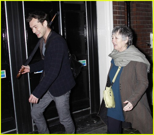 Full Sized Photo of sienna miller jude law parents 13 ... Jude Law S