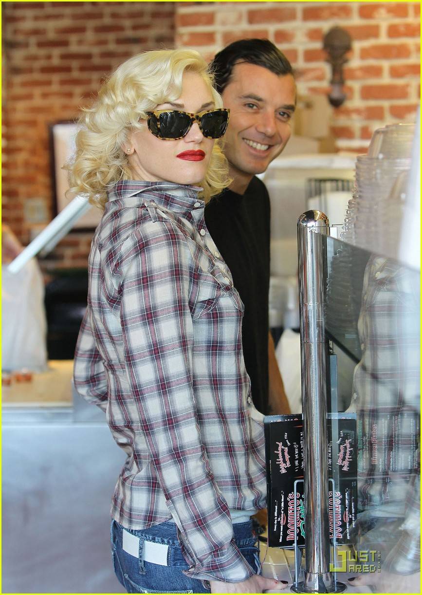 gwen stefani rossdale lunch lovebirds 14