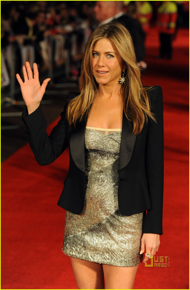 jennifer aniston bounty hunter uk premiere 15