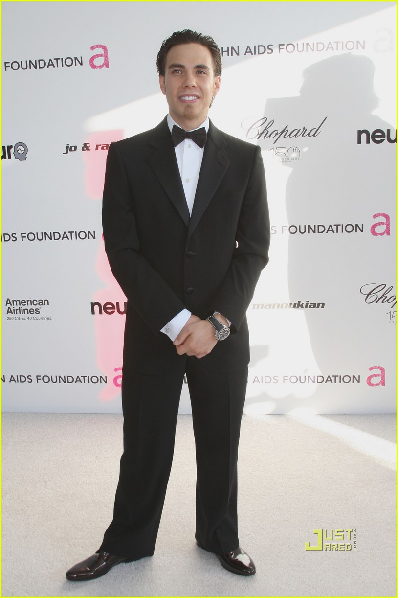 apolo ohno elton john oscar viewing party 01