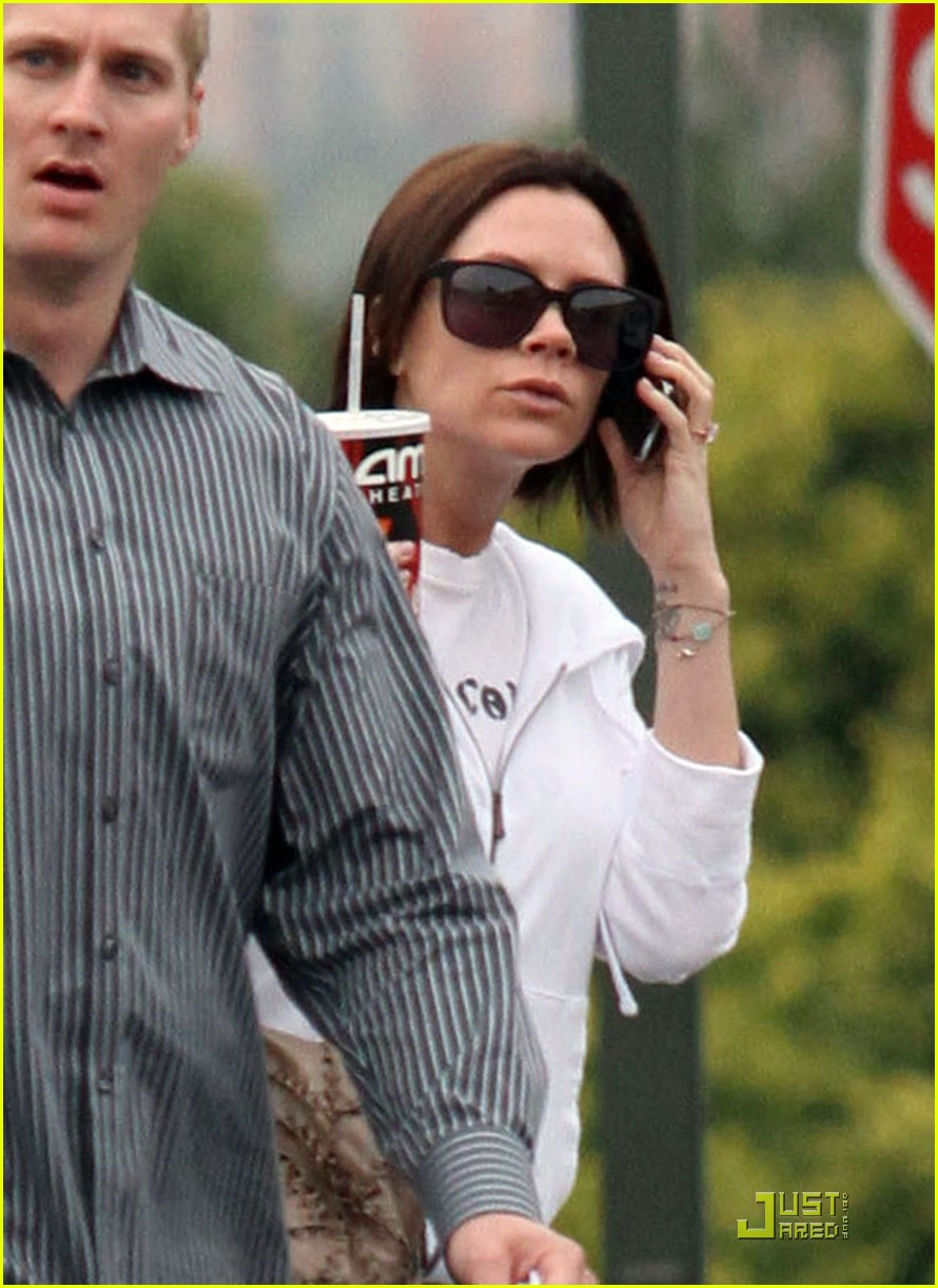 victoria beckham and family watch alice in wonderland 182432431