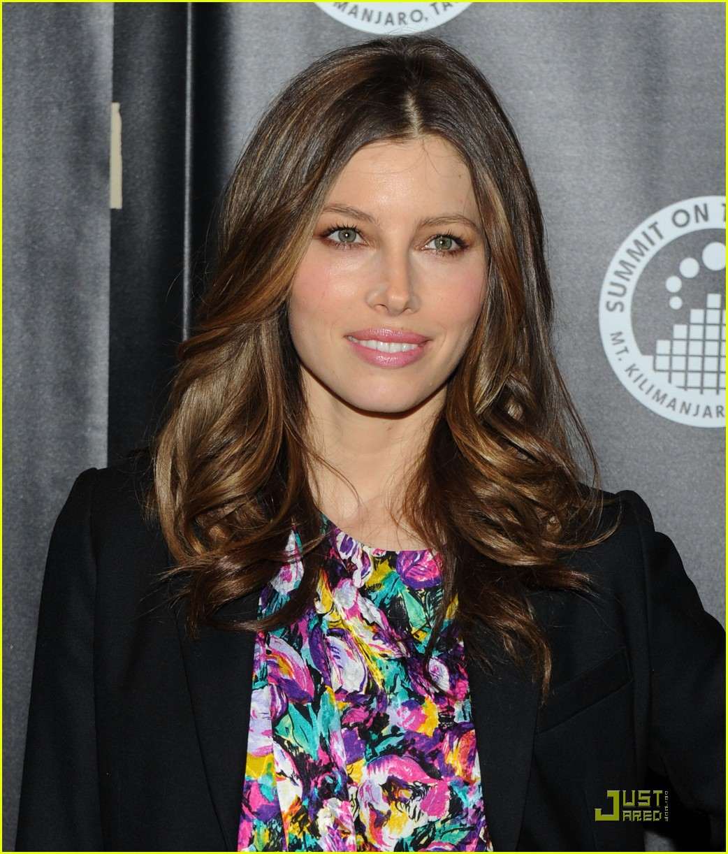 jessica biel summit on the summit 01