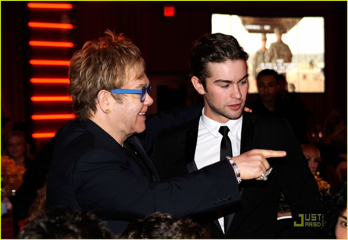 chace crawford aids foundation 03