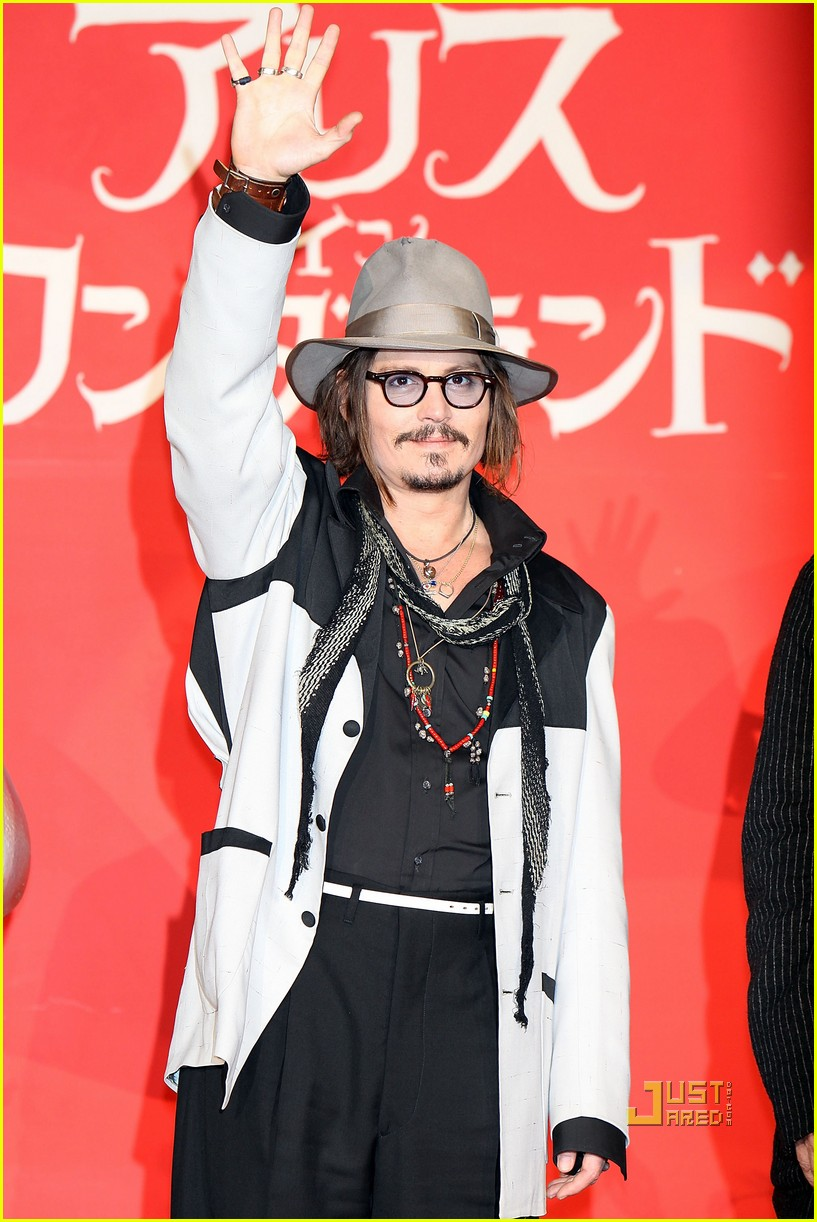 johnny depp alice in wonderland japan premire 10