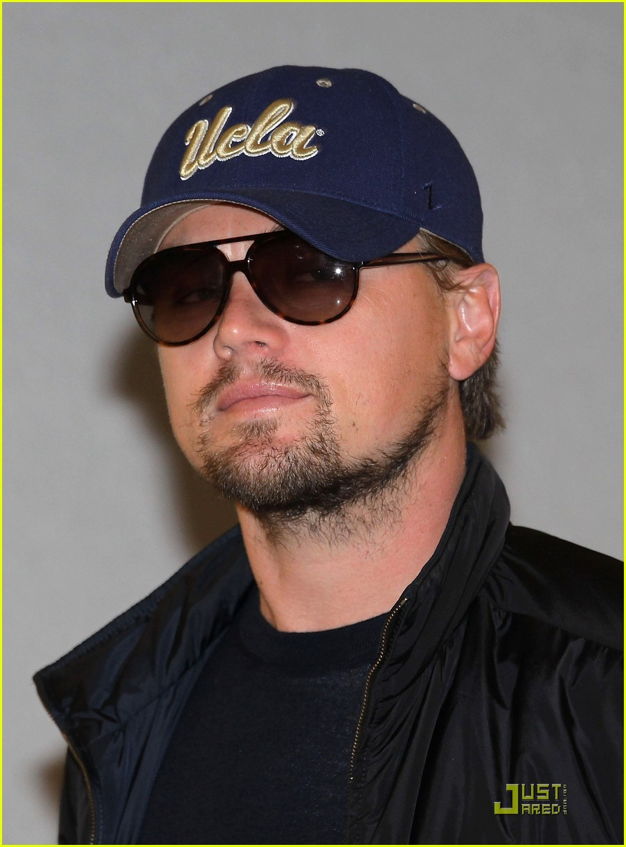 leonardo dicaprio is new to narita 01