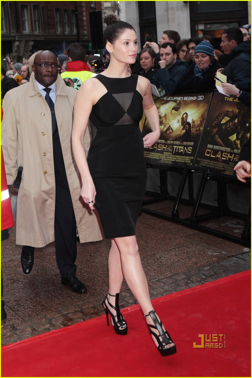 sam worthington gemma arterton premiere 14