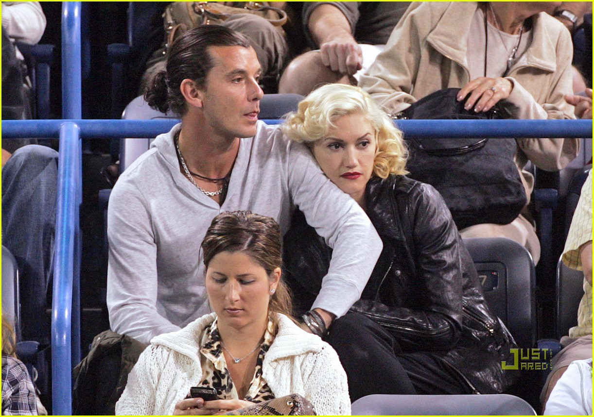 gwen stefani gavin rossdale roger federer tennis match 01
