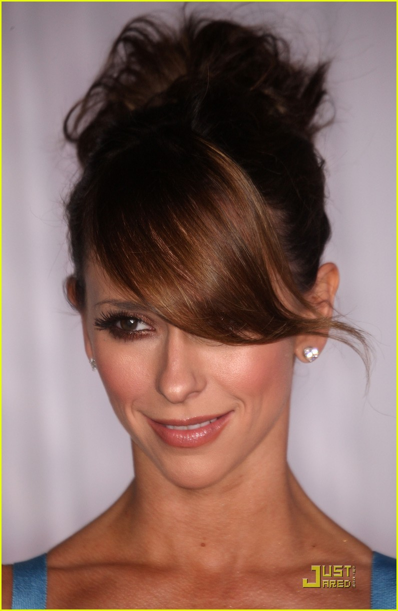 jennifer love hewitt ghost whisperer 100th episode celebration 16