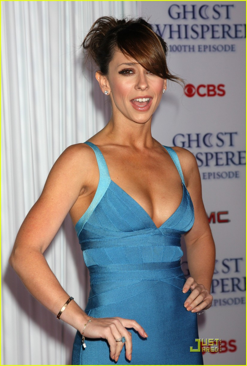 jennifer love hewitt ghost whisperer 100th episode celebration 36