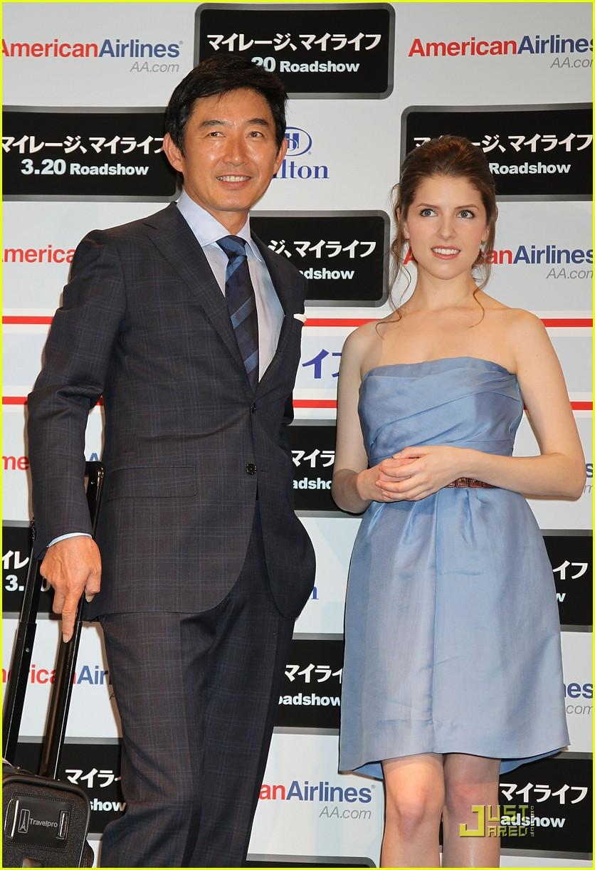 anna kendrick is taken to tokyo 06