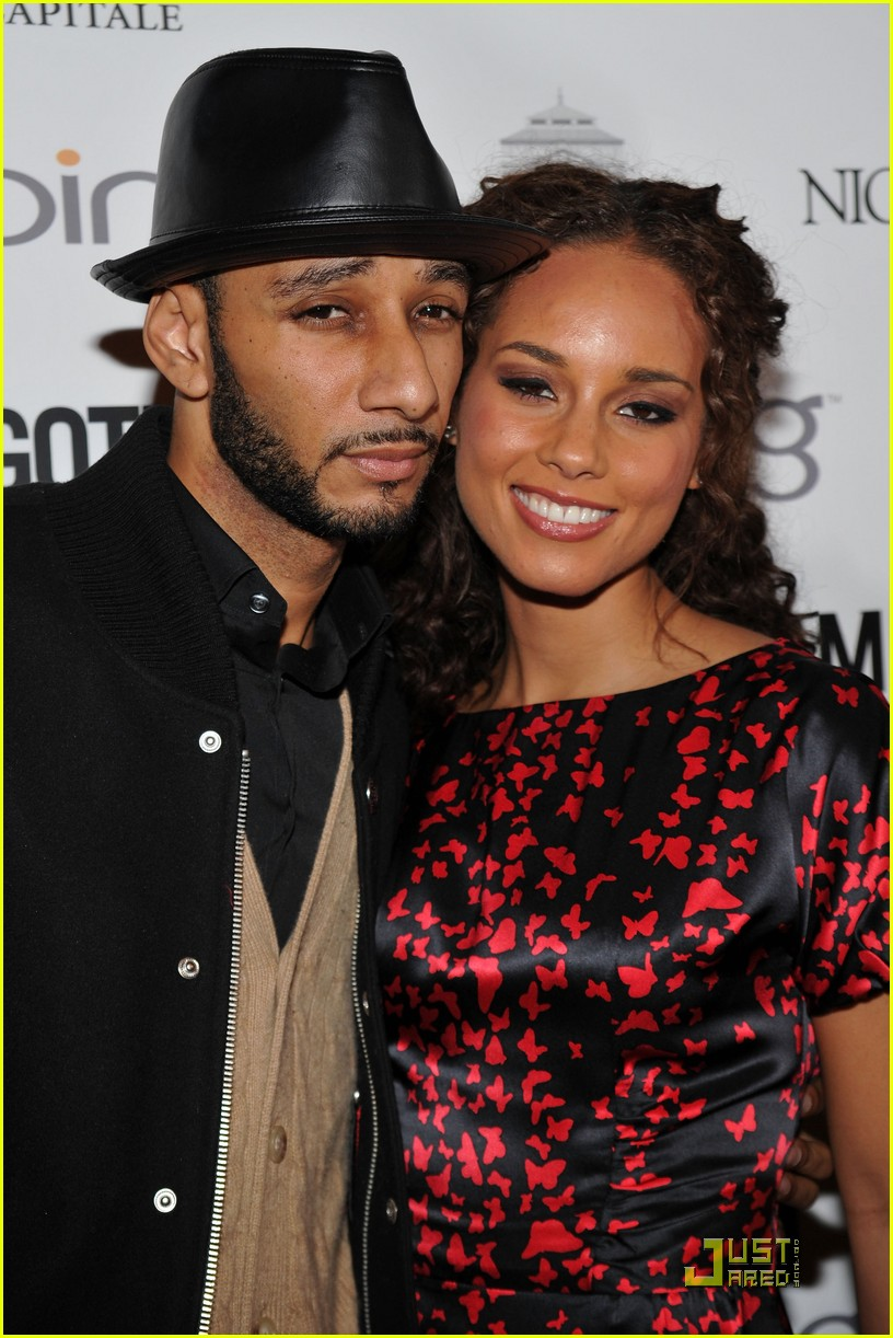alicia keys steps out with swizz beatz 17