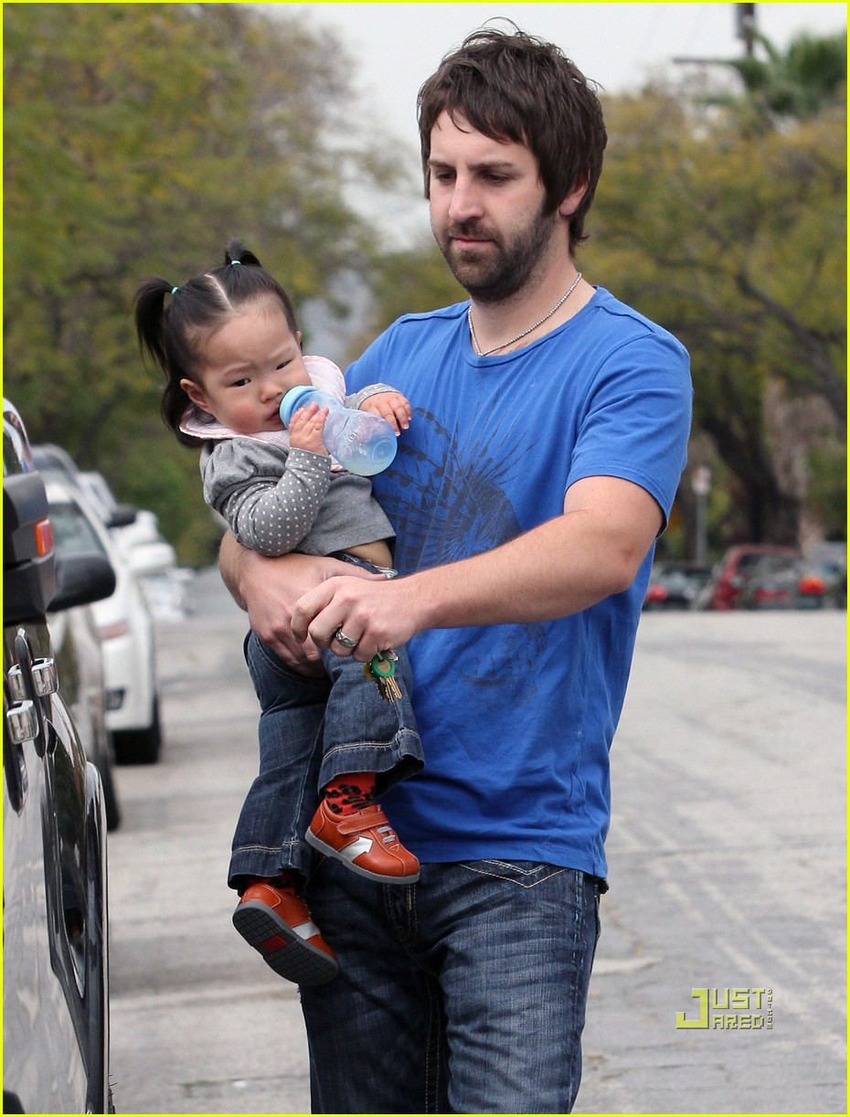 josh kelley naleigh pediatrician pigtails 08