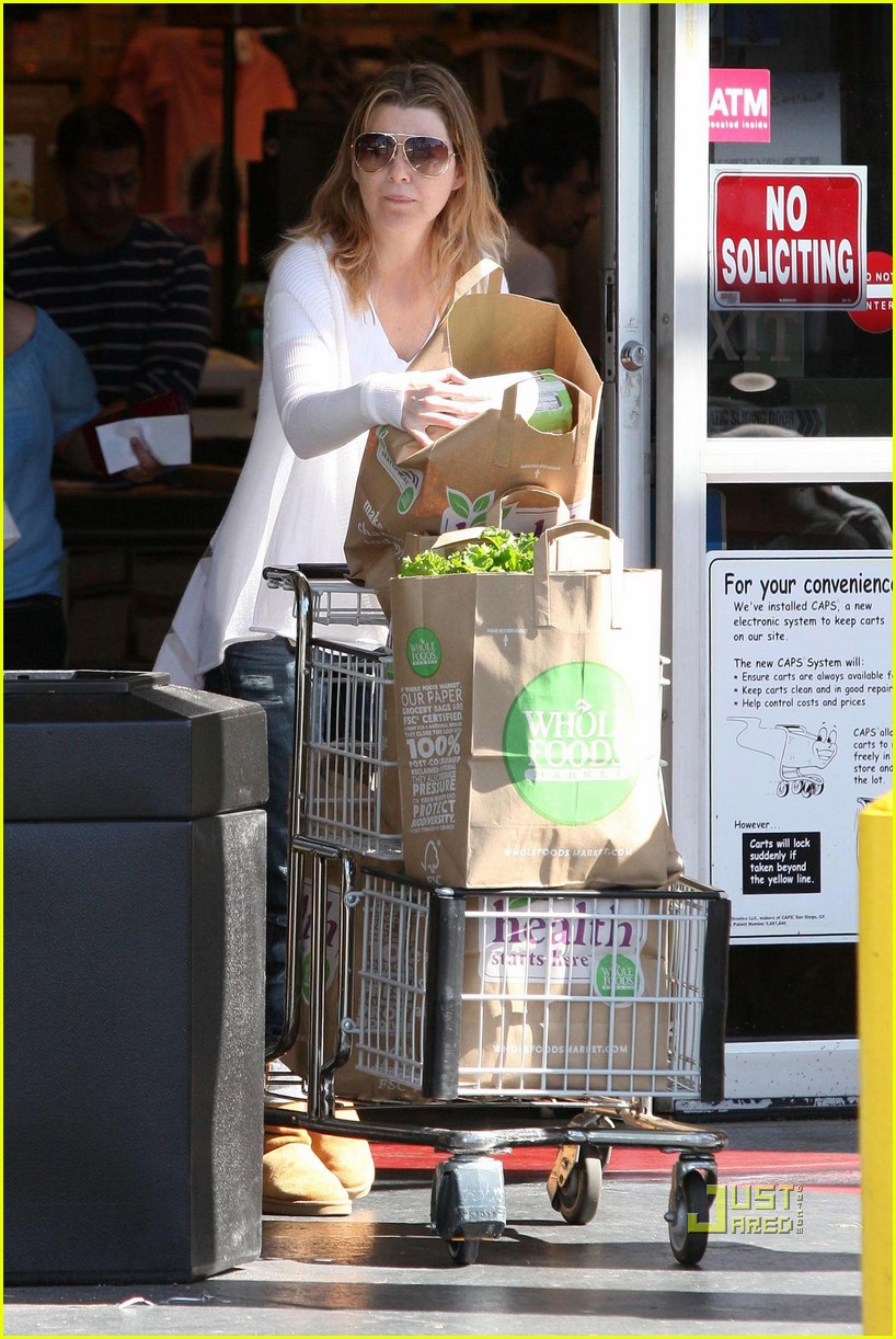 ellen pompeo book soup whole foods 012434646