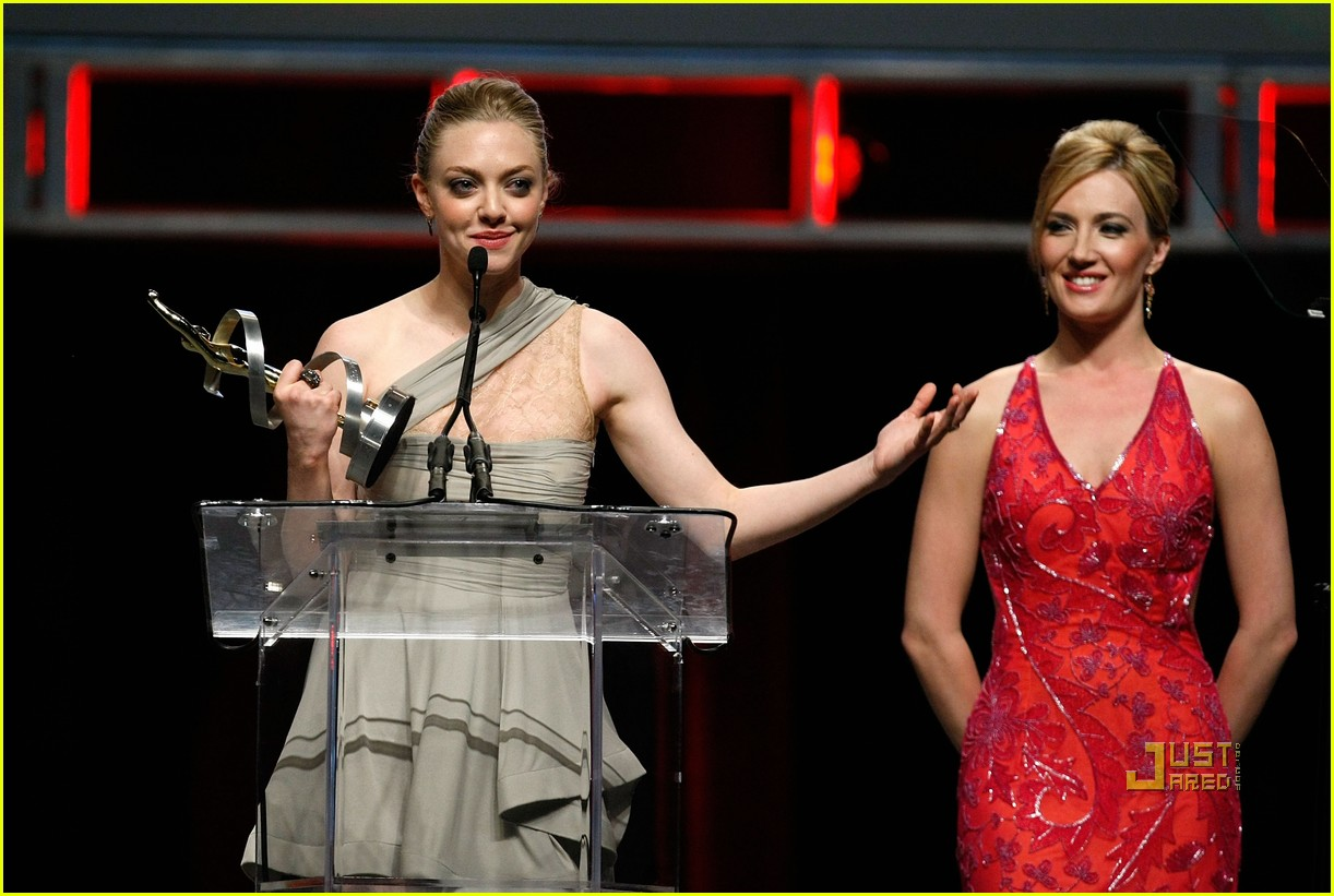 amanda seyfried showest breakthrough female star of the year 09