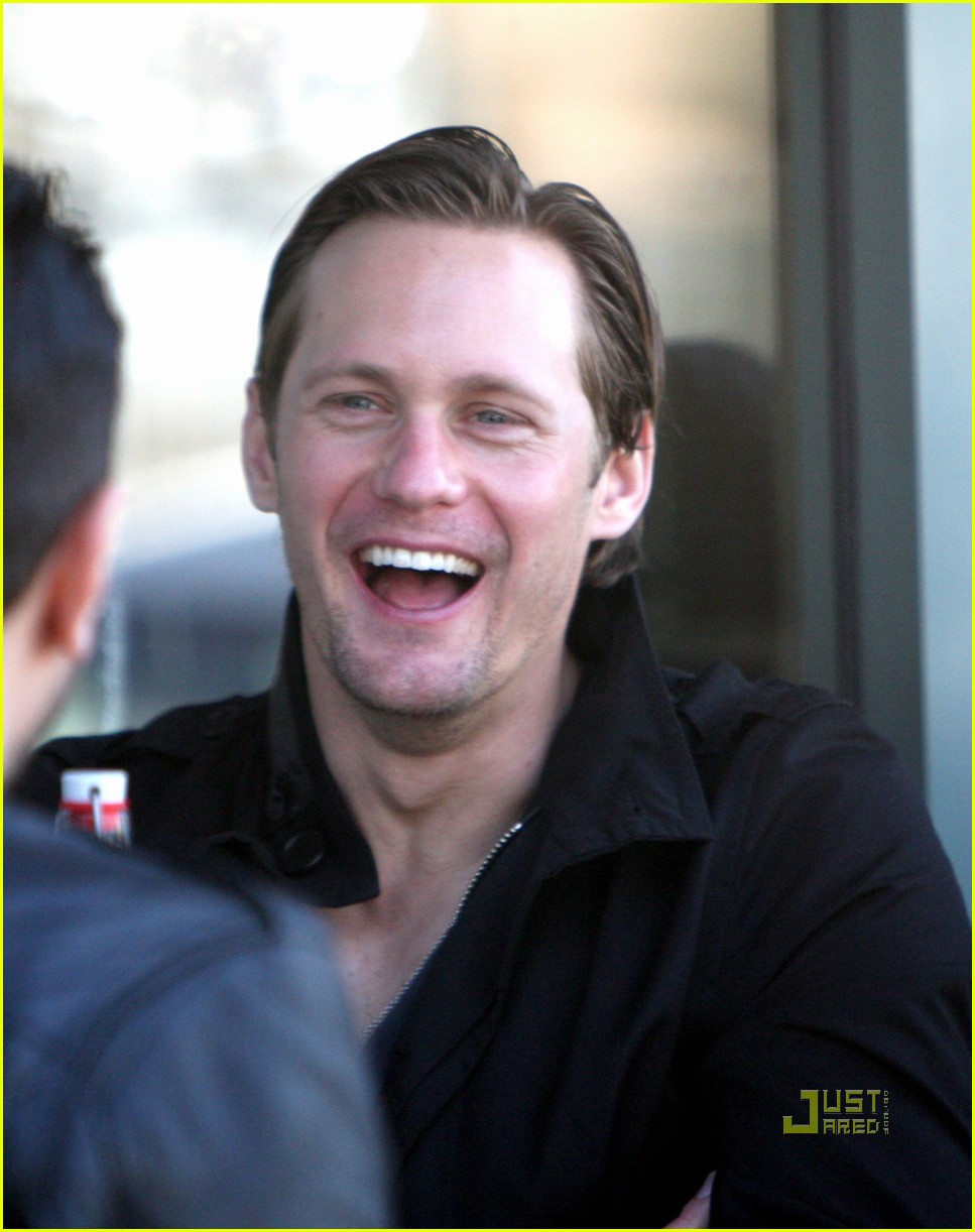 alexander skarsgard joans on third lunch 03