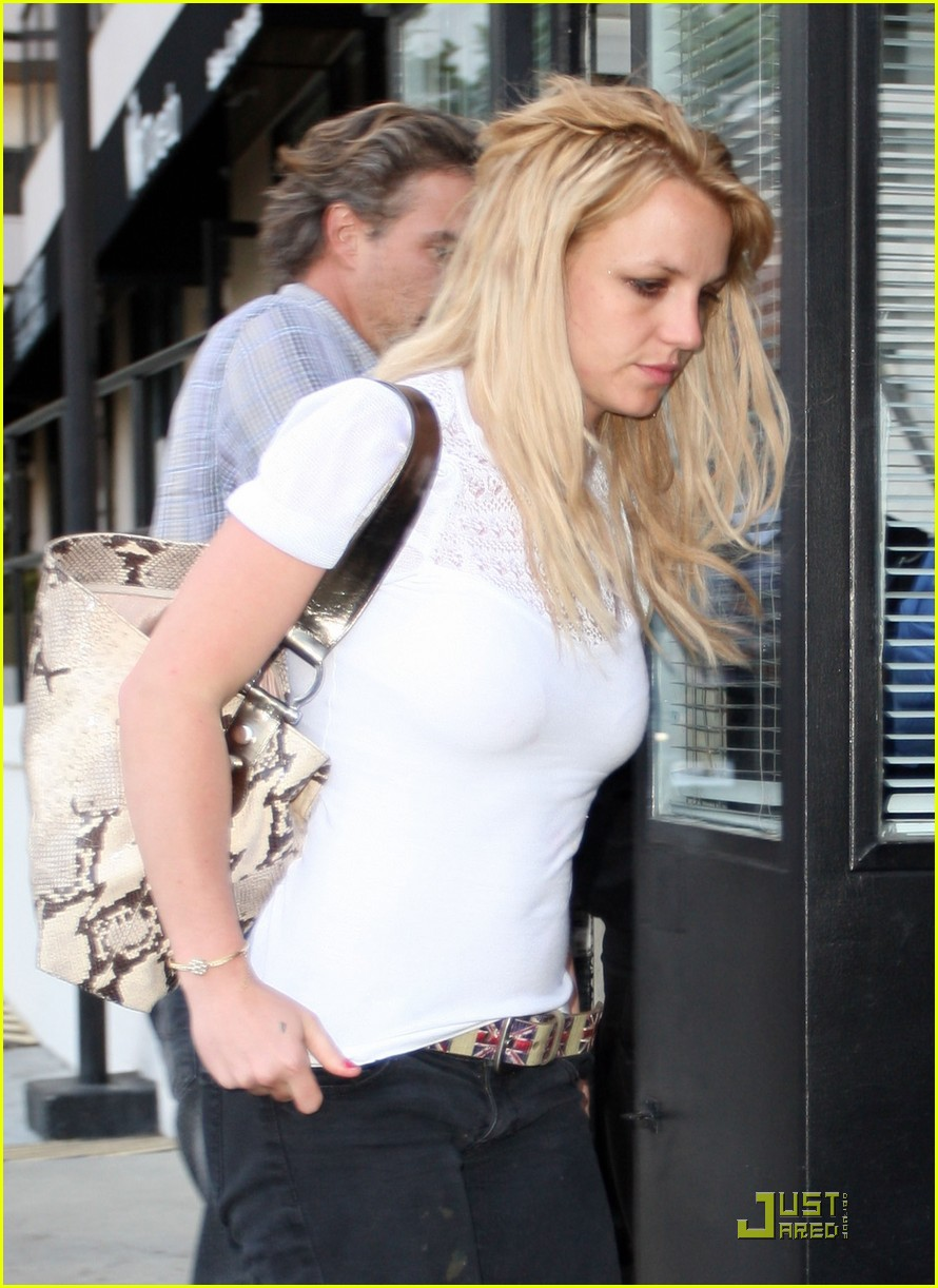 britney spears cigarettes and coffee 18
