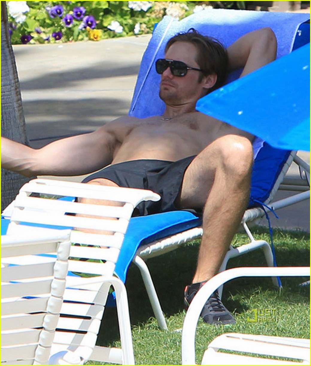 kate bosworth alexander skarsgard poolside pda 01