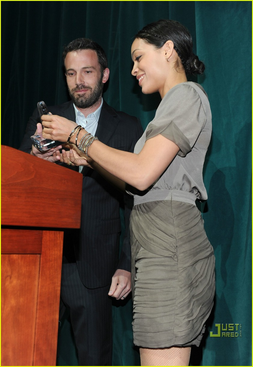 alyssa milano ben affleck peace please 13