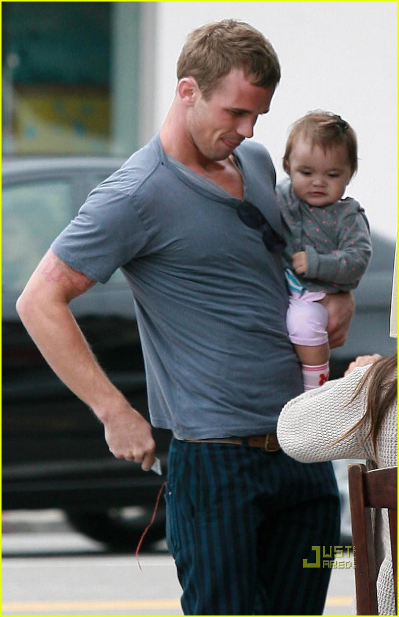 cam gigandet dominique geisendorff everleigh kings road cafe 03