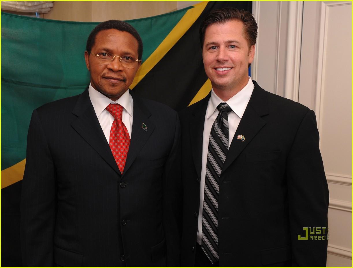 doug pitt goodwill ambassador tanzania 01