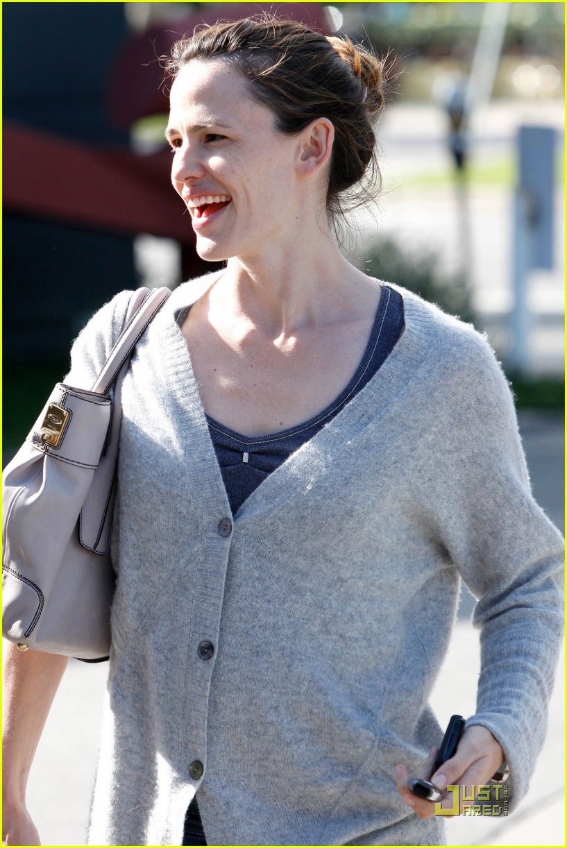 jennifer garner shopping girls 12