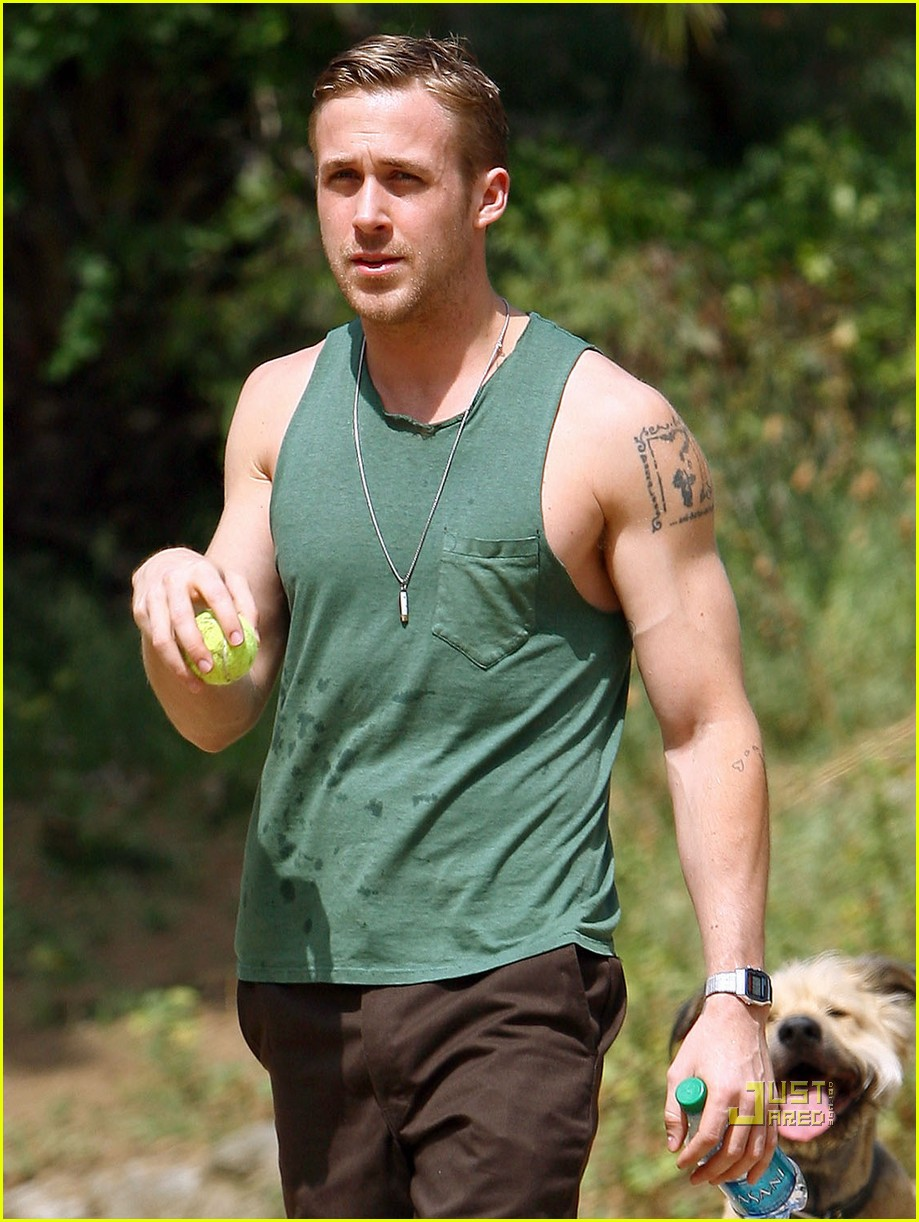 ryan gosling sleeveless dog 10