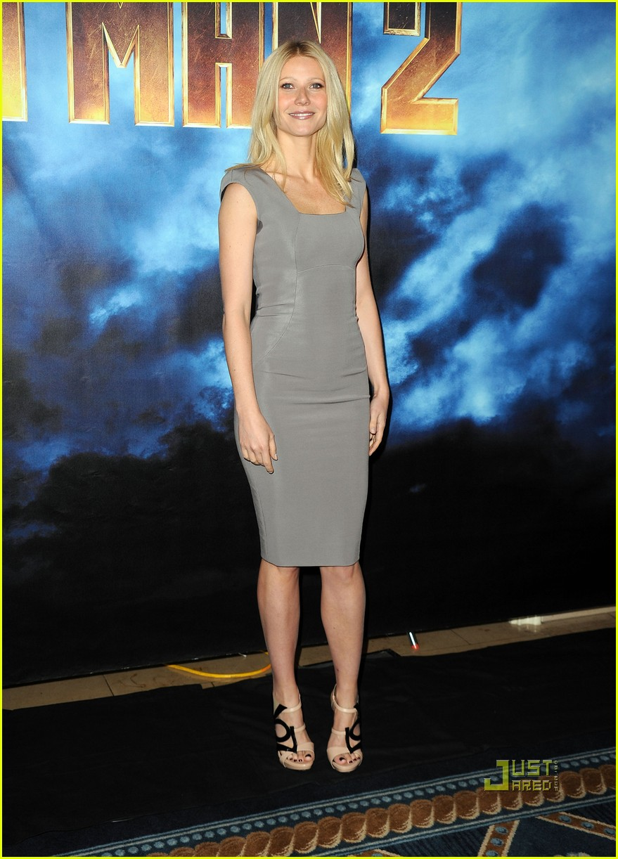 gwyneth paltrow iron man 2 la photo call 09