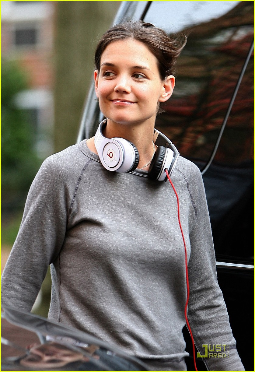 katie holmes beats no one 10
