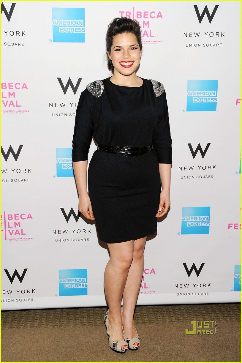 jessica alba tribeca film festival awards abbie cornish america ferrera 02