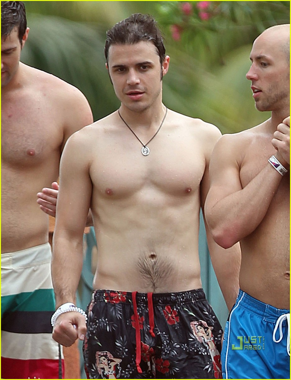 kris allen shirtless 05