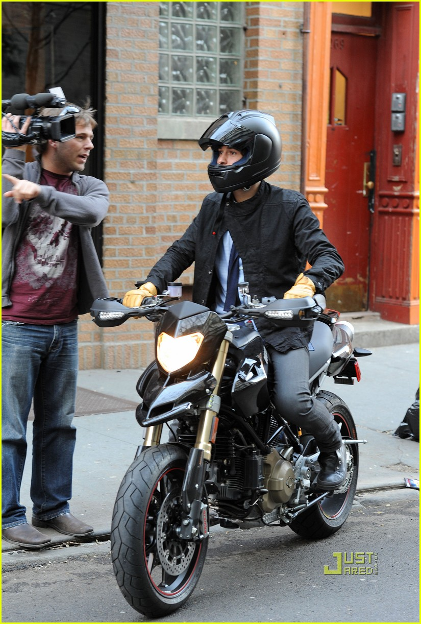 orlando bloom miranda kerr motorcycle 032439947