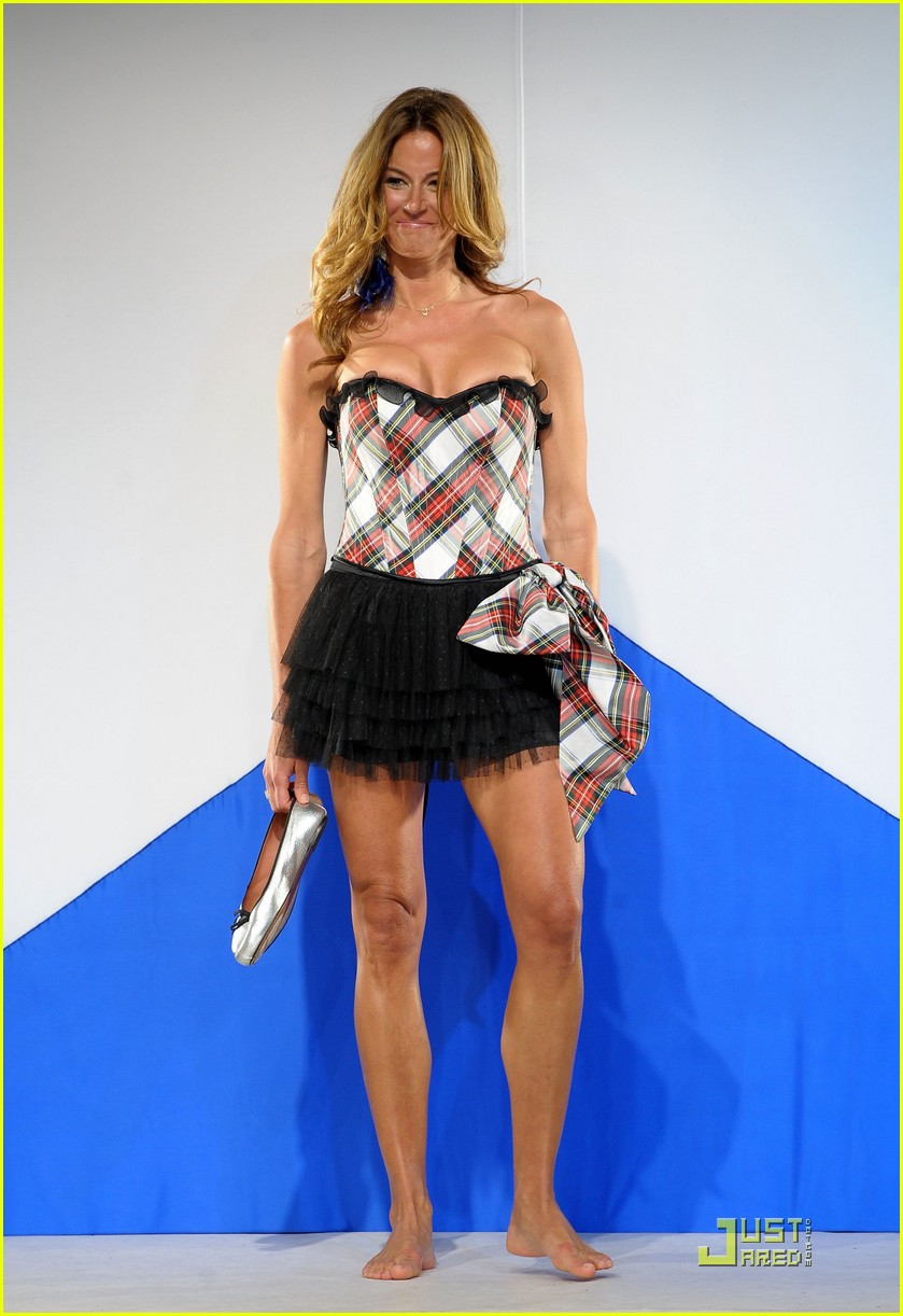 kellie pickler kelly bensimon dressed to kilt 33