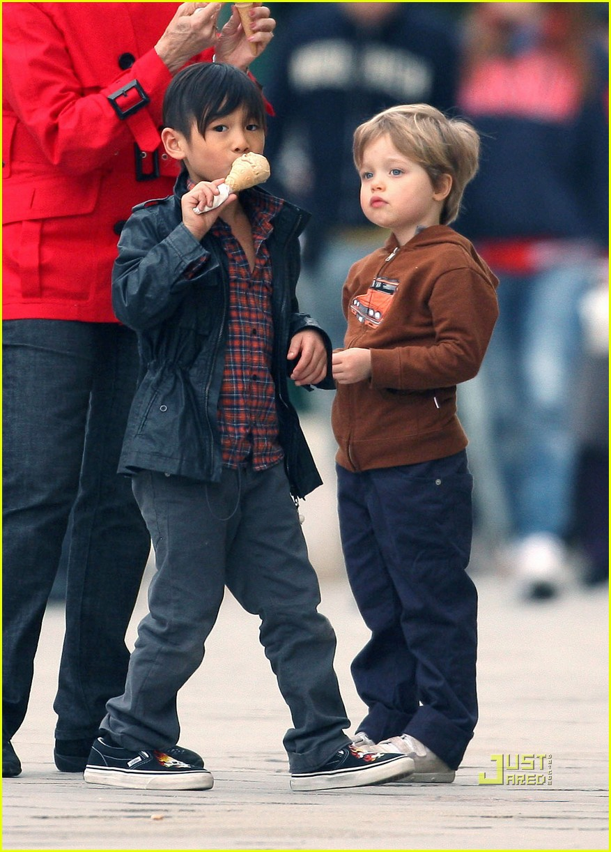 pax shiloh jolie pitt ice cream 12
