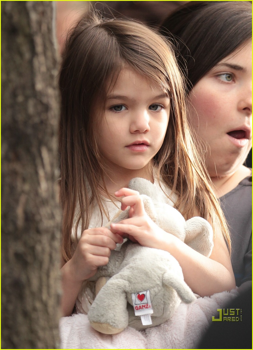 suri cruise beautiful baby 14