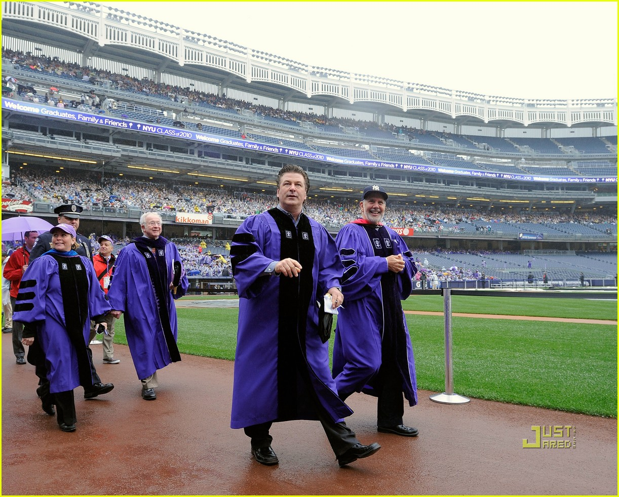 Alec Baldwin: NYU's Commencement Speaker! Alec Baldwin