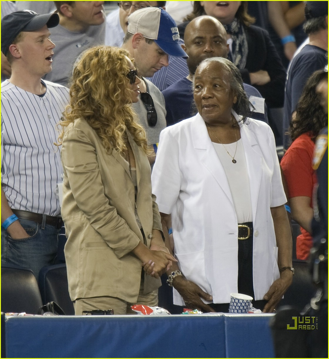 beyonce jay z mother in law yankee 022450924