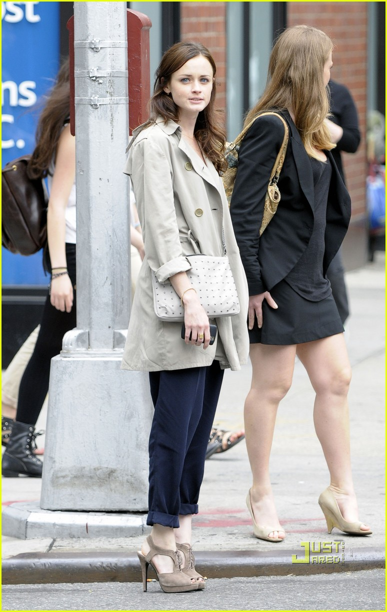 alexis bledel lunch friend nyc trenchcoat 062453450
