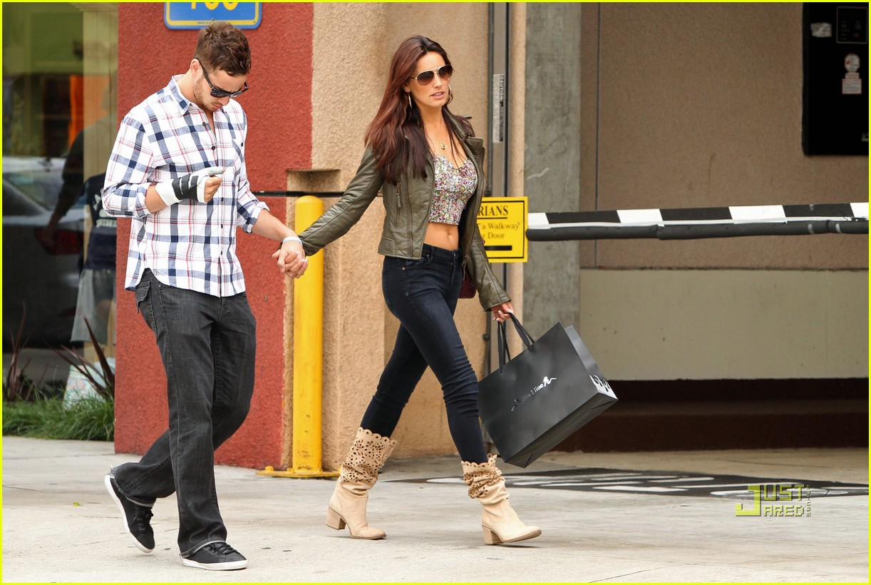 Kelly Brook & Danny Cipriani: Home Depot Duo: Photo 2454719 | Danny ...