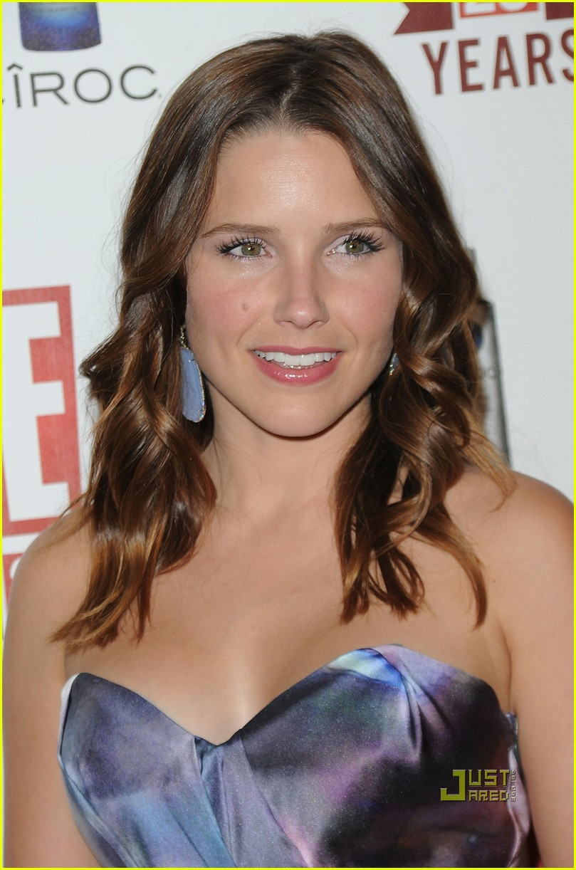 sophia bush austin nichols red carpet 07