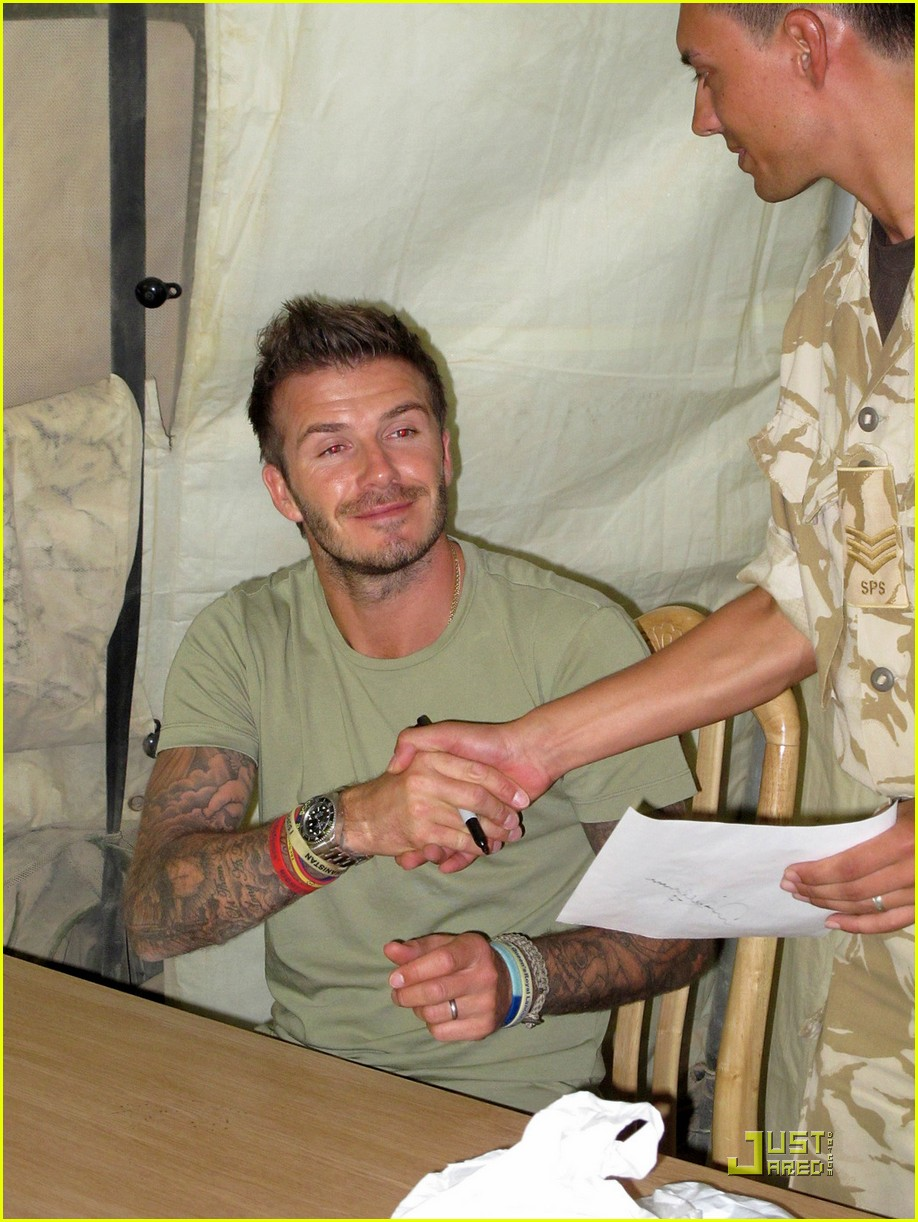 david beckham boosts british troop morale 072453055