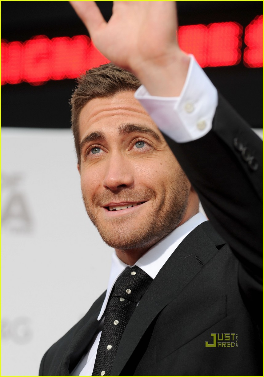 jake gyllenhaal tom ford 05