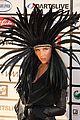 kesha feathered headpiece 03