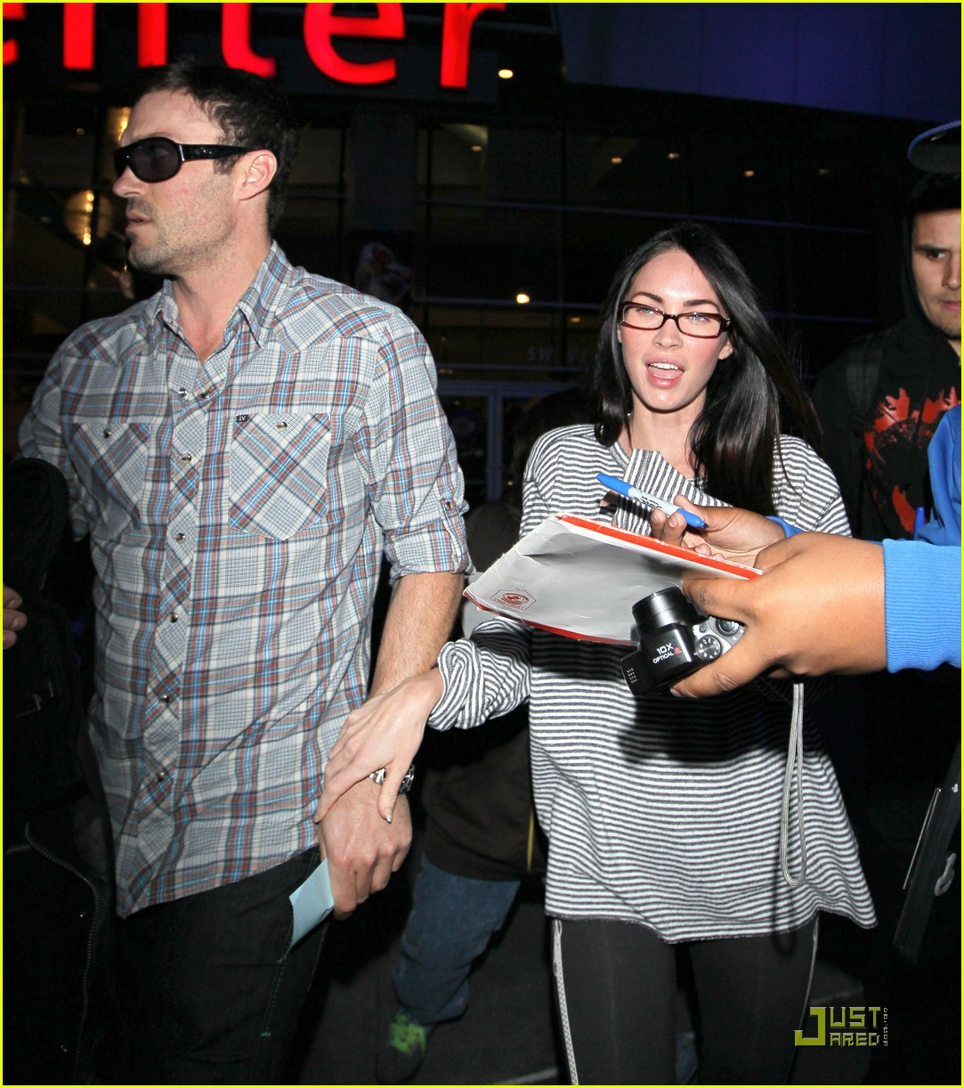 megan fox loves the lakers 072451547
