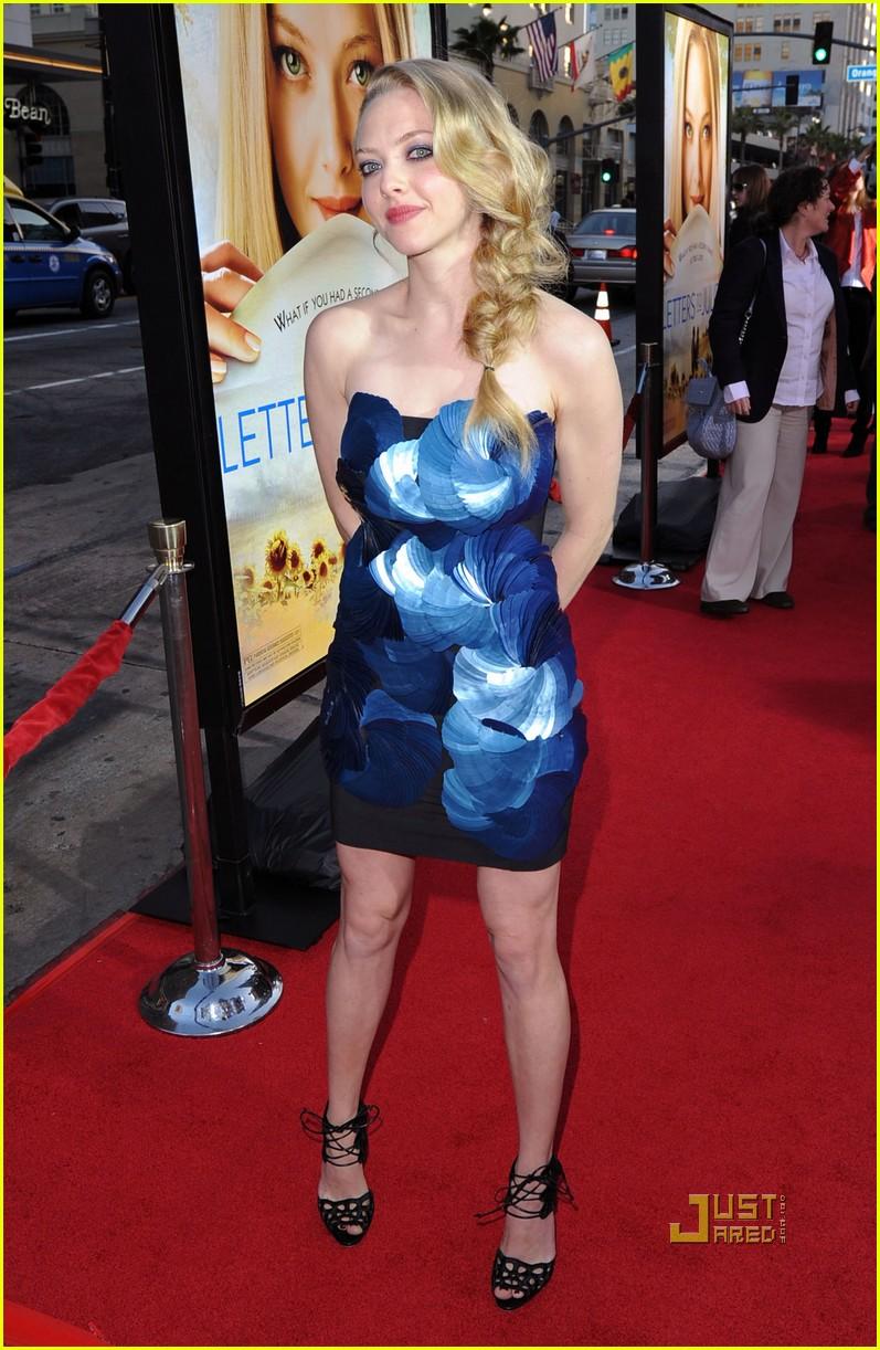Amanda Seyfried: 'Letters to Juliet' Premiere!: Photo ...