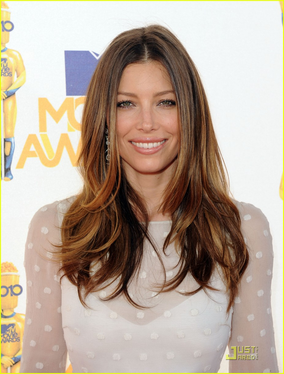 jessica biel mtv movie awards 2010 01