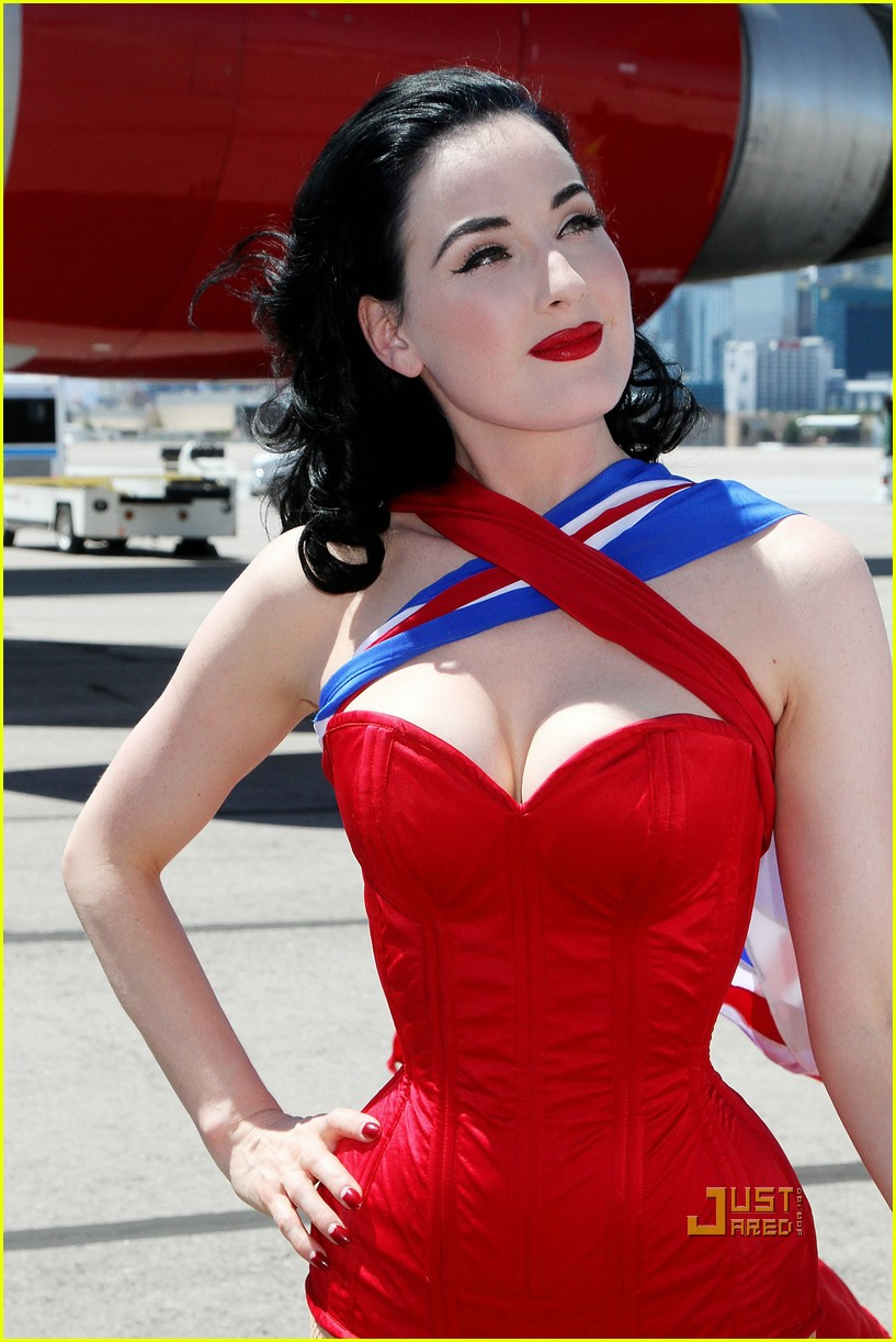 dita von teese virgin atlantic london to vegas 08