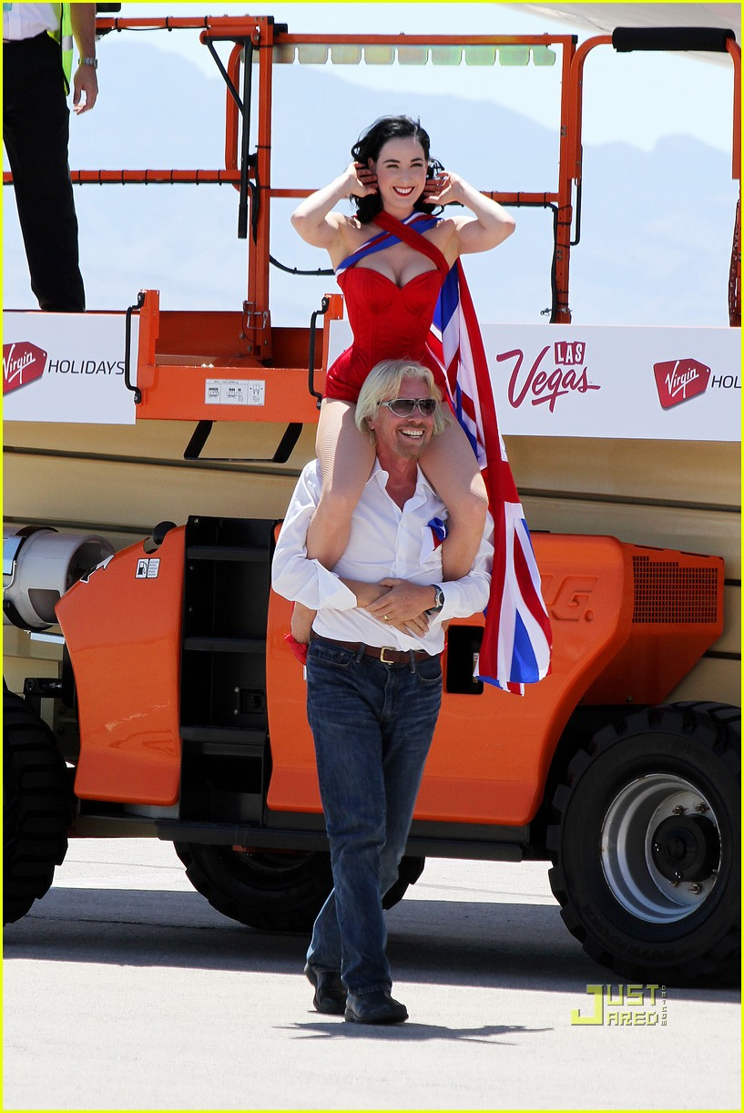 dita von teese virgin atlantic london to vegas 14